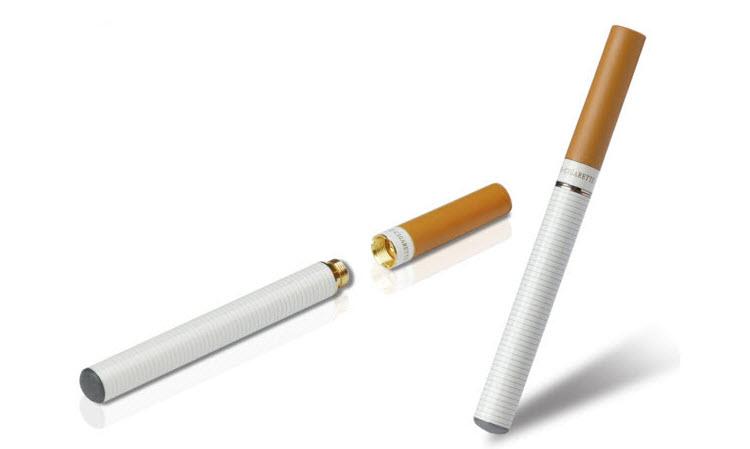 Sigaretta elettronica: stangata in arrivo, quanti italiani usano e-cig, no vendita farmacie