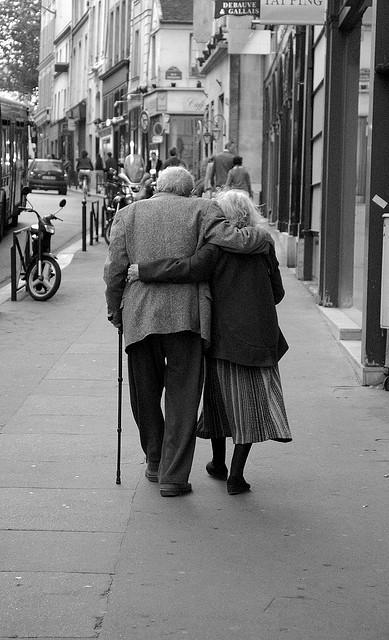 Dopo sessantacinque anni di matrimonio marito e moglie muoiono in America lo stesso giorno