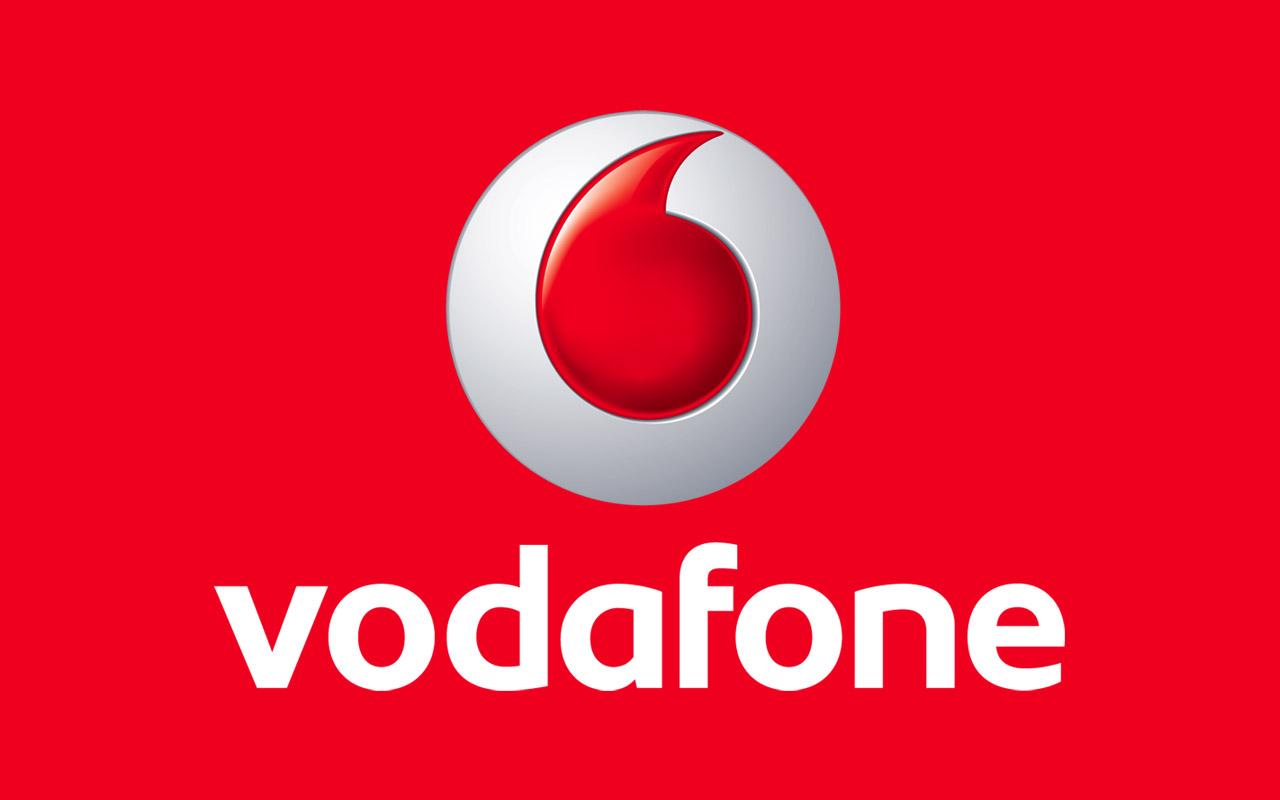Vodafone Italia cerca 500 nuovi insegnanti per insegnare informatica agli over 55