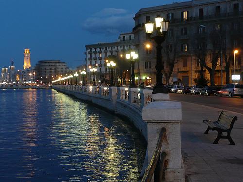 Gite autunnali: secondo classifica Triplindex Cities Italia 2013 Bari è una delle città dove si spende meno