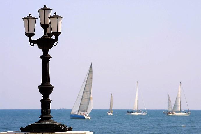 Campionato nazionale vela classe 420 a Bari: tutte le informazioni sul programma e modalità d'iscrizione