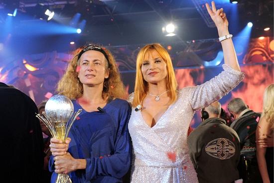 Isola-famosi-2014-presto-su-canale-5-con-Simona-Ventura-e-Luxuria?