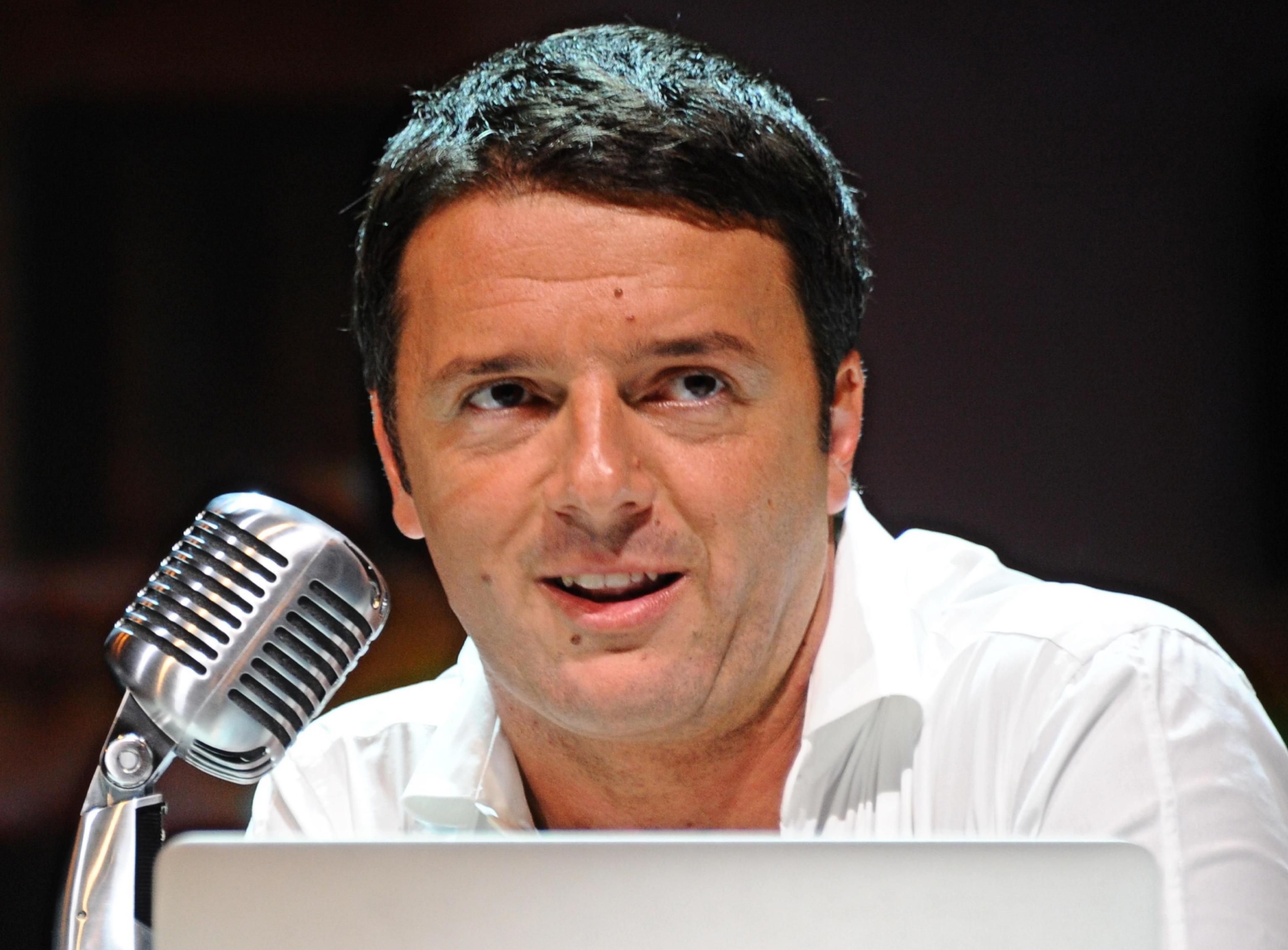Diretta-streaming-conferenza-stampa-Matteo-Renzi-Def-oggi-8-aprile-2014