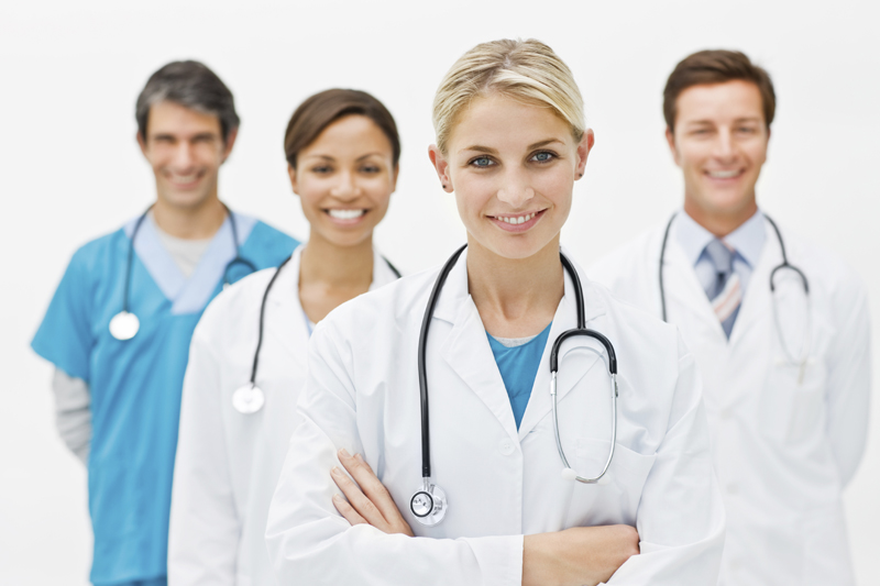 Lavoro-da-medico-da-243-mila-euro-all'-anno-con-tre-mesi-di-vacanze-ma-nessuno-lo-vuole