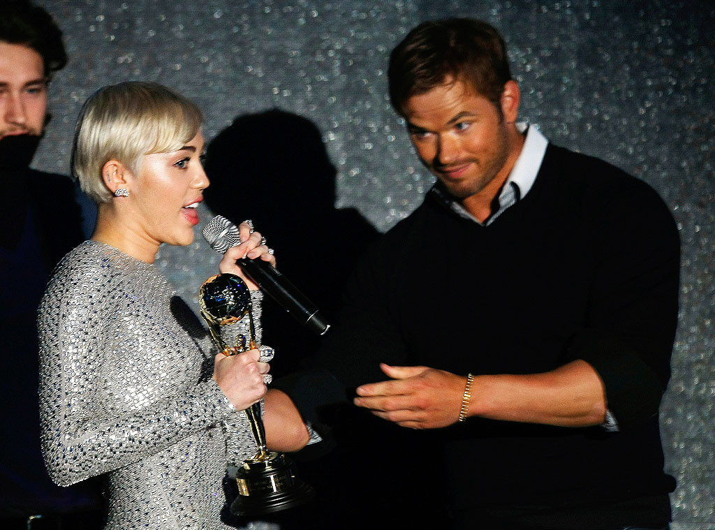 World Music Awards 2014:  Miley Cyrus vince con un nuovo look