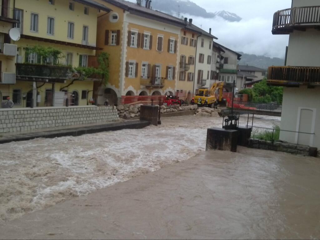 Maltempo Padova oggi e tromba d'aria Modena video: ultime notizie danni e previsioni meteo