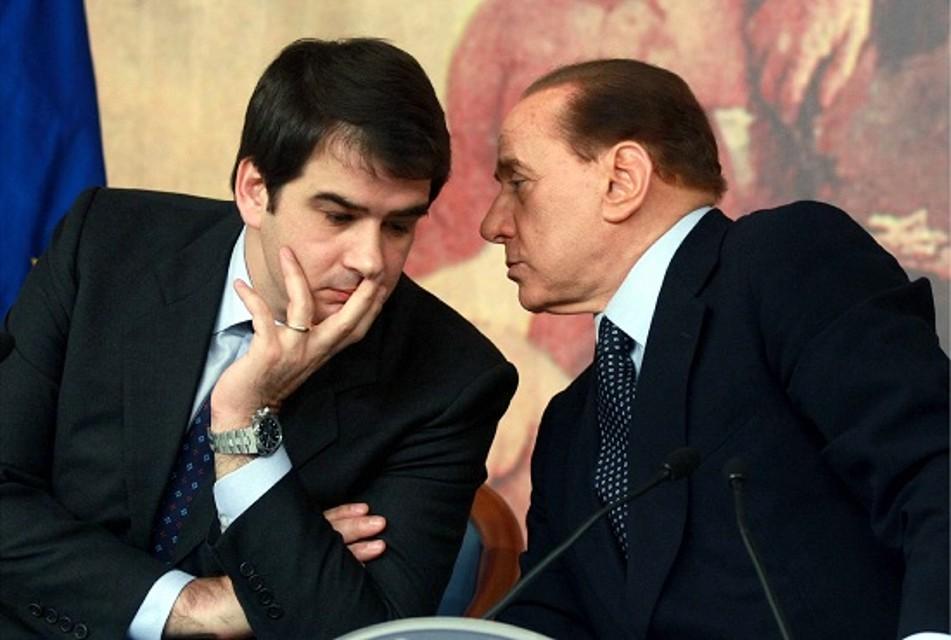 """Berlusconi-a-Napoli-nuovo-attacco-magistratura-irresponsabile-e-che-gode-di-immunità"""""""