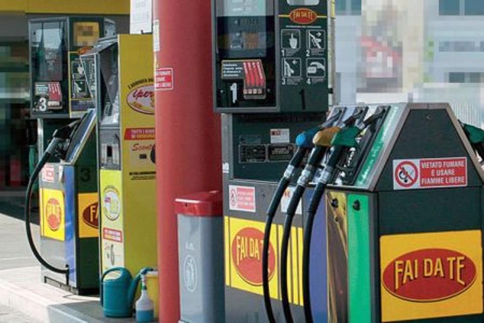 Sciopero benzinai: ieri primo giorno di stop self service, il femo terminerà il 18 giugno