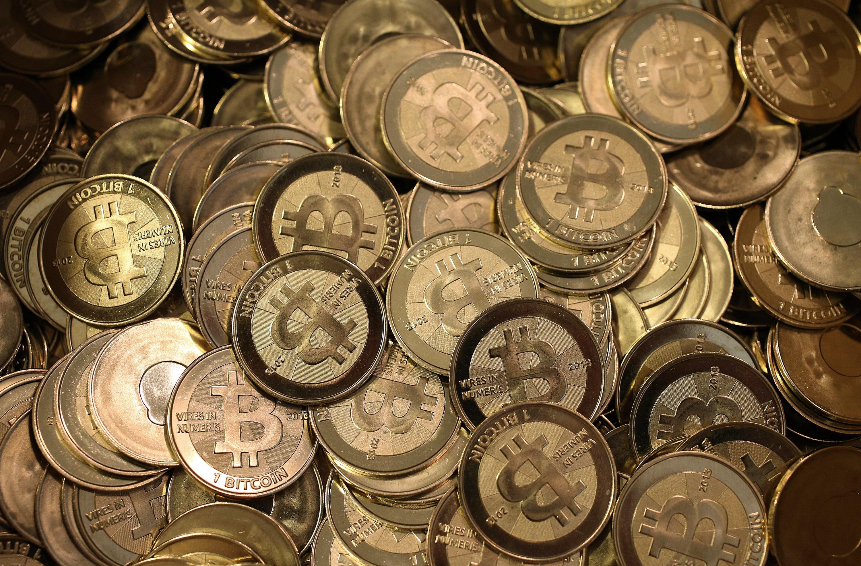 Apple-svolta-epocale-grazie-all-applicazione-Coin-Pocket-pagamenti-con-BitCoin