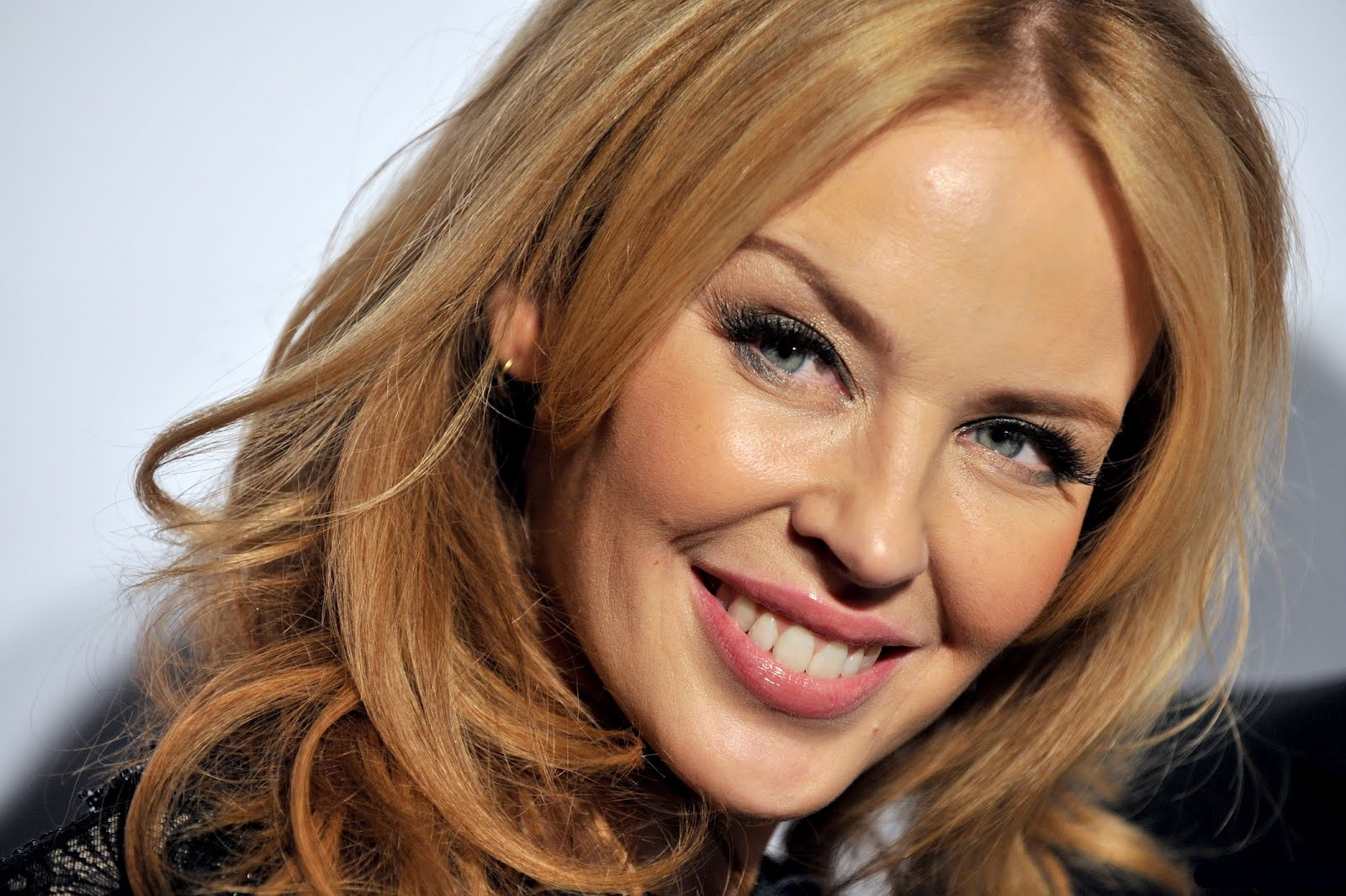 Kylie Minogue racconta la sua prossima tournèe e come essere bella a 46 anni