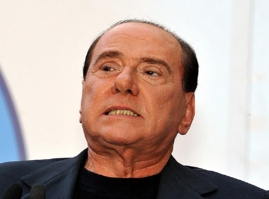 Berlusconi-lettera-ai-partiti-del-centrodestra-per-l-unione-della-coalizione