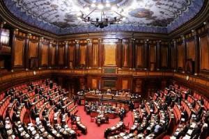 Finanziamento-pubblico-partiti-si-del-Senato-proteste-Sel-e-M5S