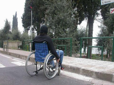 Ostuni-centro-per-disabili-gestito-da-suore-pignora-pensione-Inps-ad-un-disabile