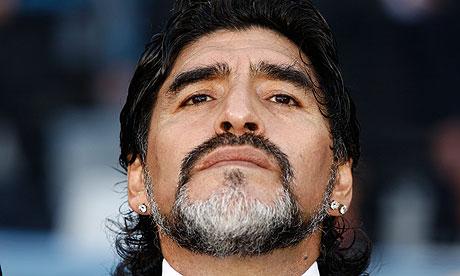 Attimi di paura per Maradona ricoverato in ospedale a Buenos Aires