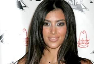 Kim-Kardashian-è-la-regina-per-una-notte-con-Kate-Moss-di-Ibiza