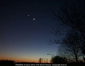 Venere-e-Giove-si-sfiorano-nel-cielo-vicinissimi-tanto-da-sembrare-un-ufo