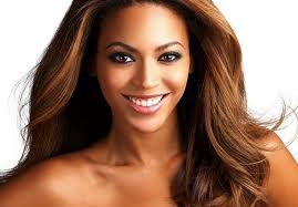 Beyonce da urlo: una maglietta per mettere a tacere le voci di crisi con Jay-Z