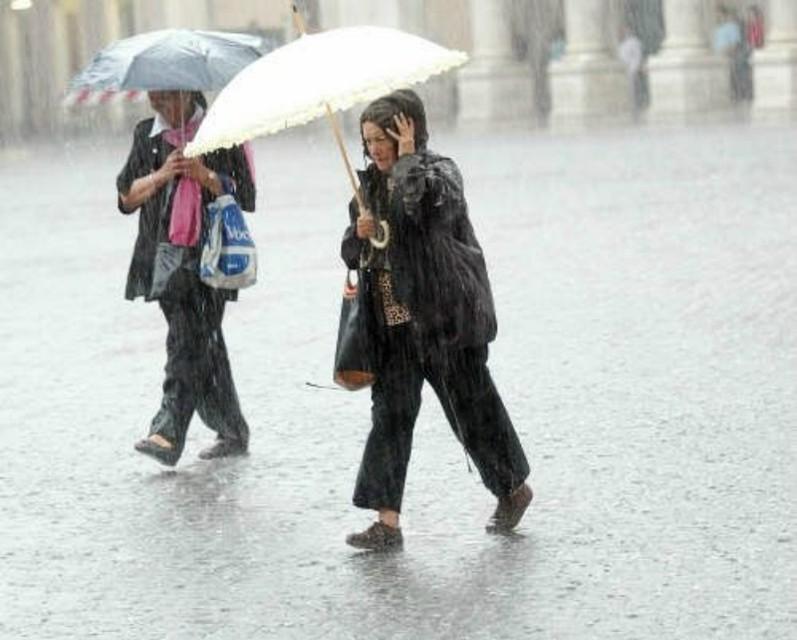 Meteo, inizi di settembre senza sole temporali in tutta Italia, allerta al Nord