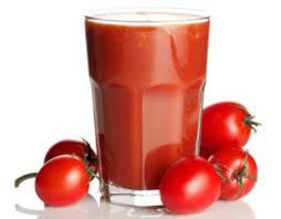 Tumore alla prostata, mangiare pomodori mette al riparo dal rischio di ammalarsi