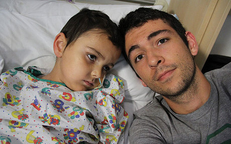 Brett King, papà del piccolo Ashya malato di cancro al cervello spiega i motivi della fuga