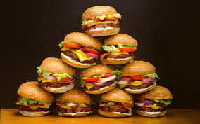 Stoccolma McDonald's  ricicla, un' hamburger gratis ogni 10 lattine