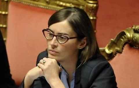 Maria Elena Boschi e l'apprezzamento per carne equina provoca rabbia degli animalisti