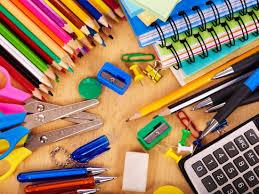Scuola, rincari boom per materiale didattico: ogni famiglia spenderà circa 800,00 euro