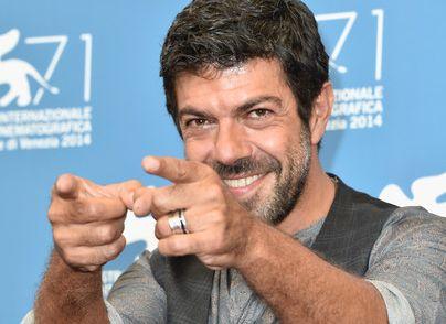 """Pierfrancesco Favino è un duro che poi si redime in """"Senza nessuna pietà"""""""