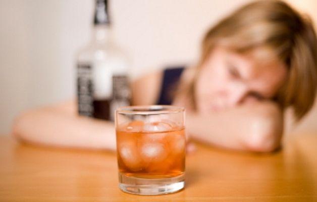Alcolismo-scoperta-la-molecola-che-crea-la-dipendenza