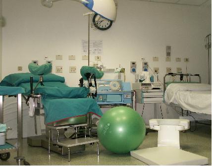 Bologna-neonato-morto-per-uso-ventosa-ostetrica-indagati-due-medici