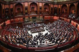 Camera, fissato tetto degli stipendi per dipendenti parlamento massimo 240 mila euro