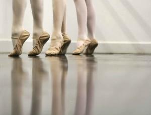 Maestro-di-danza-obbligato-a-licenziarsi-da-scuola-perche-gay