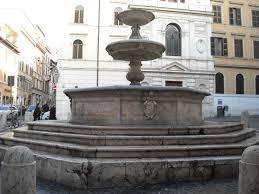 Roma-turisti-francesi-multati-per-aver-ballato-seminudi-in-una-fontana