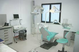Savona-choc-scoperto-dai-Nas-falso-dentista