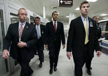 Sicurezza-Usa-colabrodo-nuova-inquietante-scoperta-uomo-armato-nell-ascensore-con-Obama