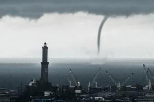 Allerta-meteo-Genova-tromba-d-aria-paura-in-Toscana
