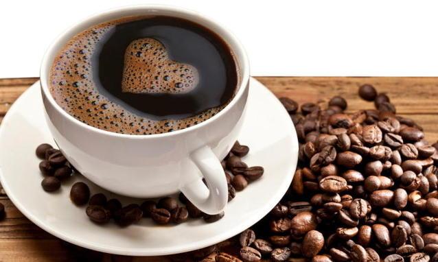 Alzheimer-tre-tazzine-di-caffè-al-giorno-per-prevenire-il-morbo