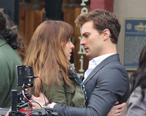 """Jamie Dornan svela un sexy segreto sul film """"50 sfumature di grigio"""""""