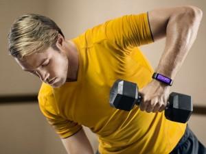 Microsoft-Band-il-bracciale-sostituisce-istruttore-fitness-indicando-calorie-da-bruciare