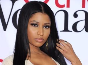Nicki-Minaj-alla-presentazione-nuovo-profumo-con-lato-b-in-mostra