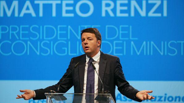 """Renzi- scontro-su-Jobs-Act-con-sindacati-e-minoranza-Pd-""""vogliono-dividere-l-Italia"""""""