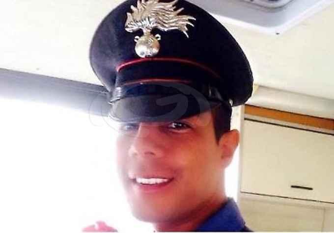 Roma, carabiniere si suicida in caserma con un colpo al cuore, misteri sulla sua morte