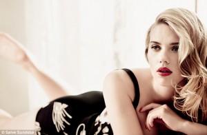 Scarlett-Johansson-sexy-mamma-a-soli-30-anni
