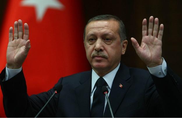 """Erdogan-choc-""""Le-donne-non-devono-ridere-in-pubblico-e-non-sono-uguali-agli-uomini"""""""