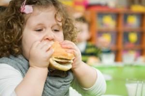 I-bambini-obesi-possono-avere-danni-alla-vista