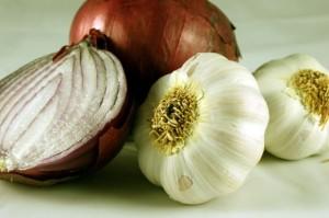 Le-cipolle-possono-prevenire-tumori-al-seno-stomaco-e-prostata