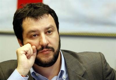 """Salvini-contro-Renzi-""""Pazzesco-l-Italia-diventa-il-paradiso-dei-delinquenti"""""""