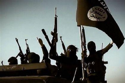 Siria choc Isis uccide omosessuale gettandolo da un tetto