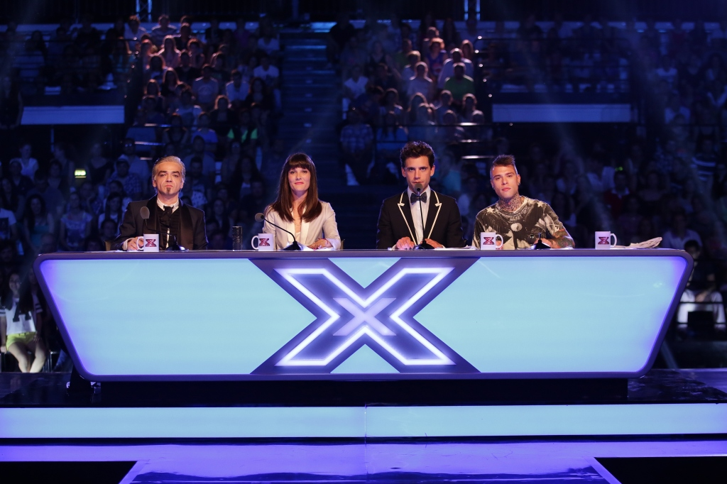 X Factor 8 semifinale, scontro tra Fedez e Morgan, eliminati Emma e Leiner