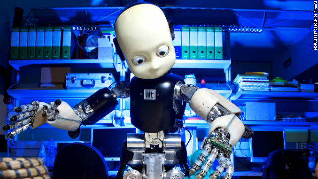 Arriva-il-robot-di-compagnia-economico-assisterà-gli-anziani